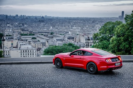 Mustang En Francia