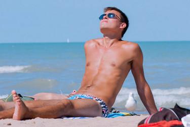 Disfruta de los beneficios del sol sin descuidar la piel