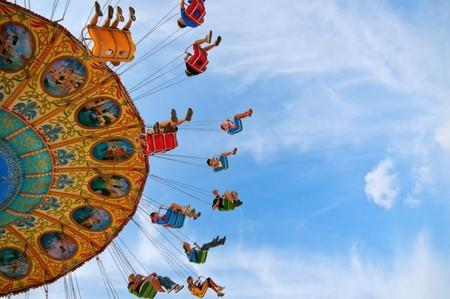 LVMH va a abrir un parque de atracciones en París y a nosotros ya se nos ha disparado la adrenalina