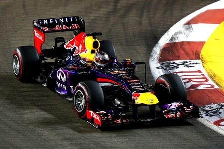 Paseo triunfal de Sebastian Vettel en Singapur