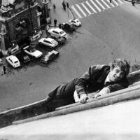 Antes que Tom Cruise, existió Jean-Paul Belmondo: así eran las alucinantes escenas de acción de un seductor fuera de serie