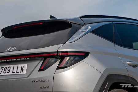 Hyundai Tucson híbrido 2021 prueba