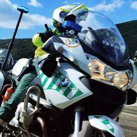 La Guardia Civil de Tráfico no está nada contenta: quiere chaquetas con airbag y motos nuevas
