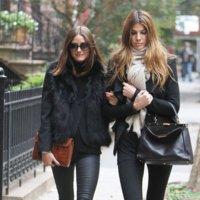 Otro look de sobresaliente para Olivia Palermo: elige leggings para pasear