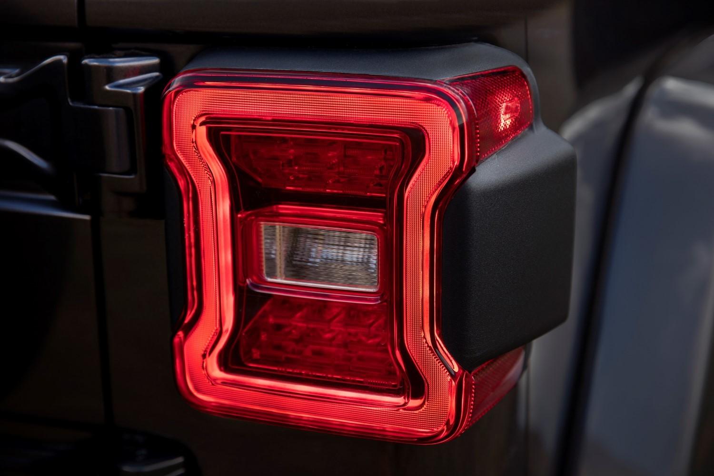 Foto de Jeep Wrangler Mild-Hybrid 2020 (8/18)