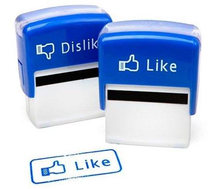 """¿Por qué Facebook no ha añadido (ni posiblemente añadirá) el botón """"No me gusta""""?"""