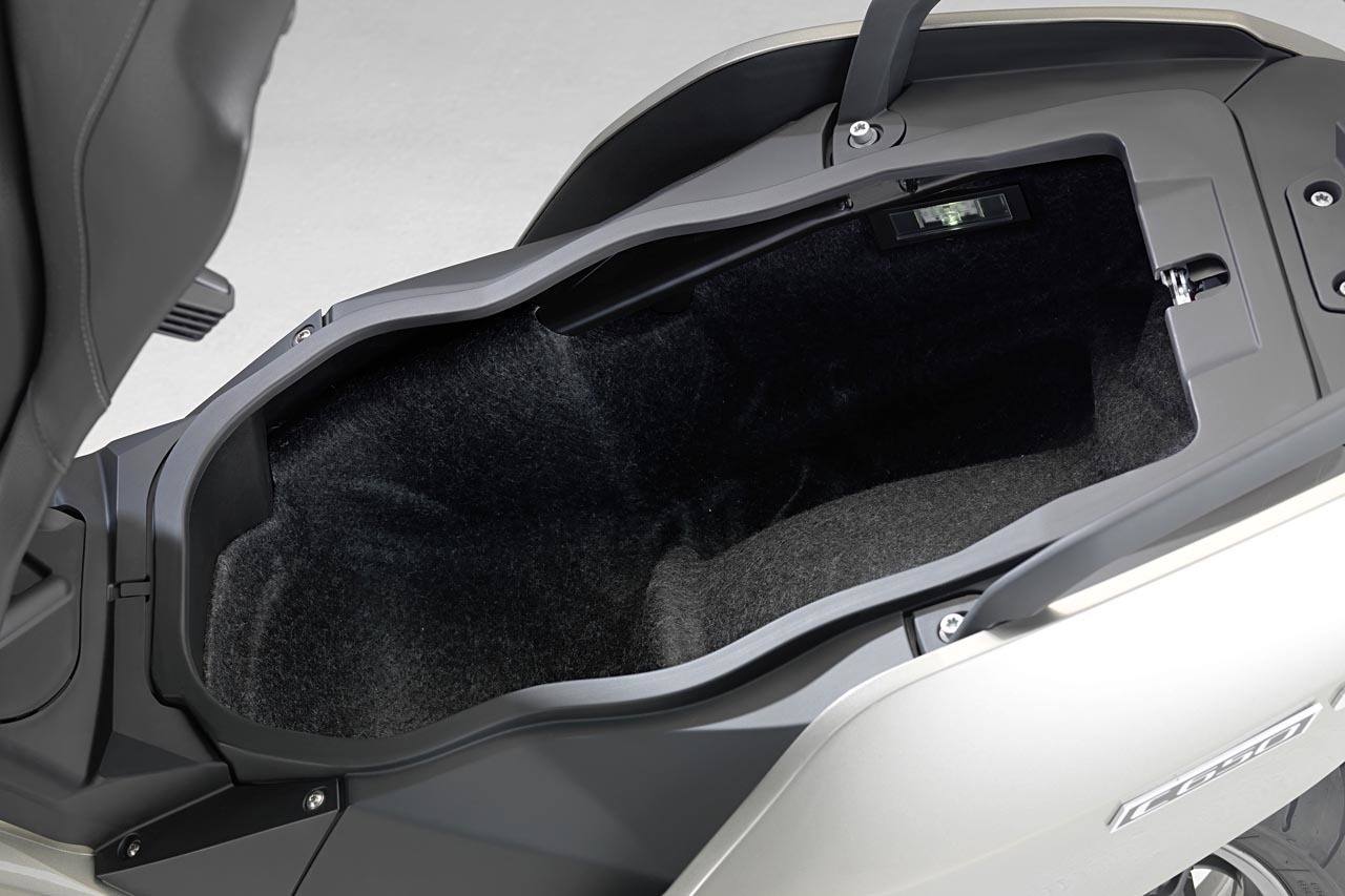 Foto de BMW C 650 GT y BMW C 600 Sport, detalles (12/38)