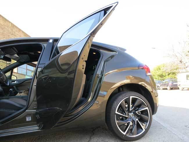 Detalle de la puerta trasera del Citroën DS4, un verdadero despropósito