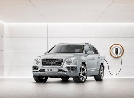 Bentley Bentayga Híbrido Enchufable: el primer paso de la firma hacia la electrificación