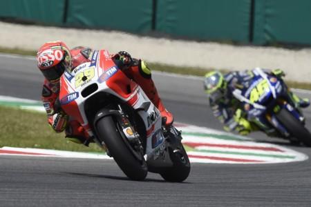 Andrea Iannone Italia 2015