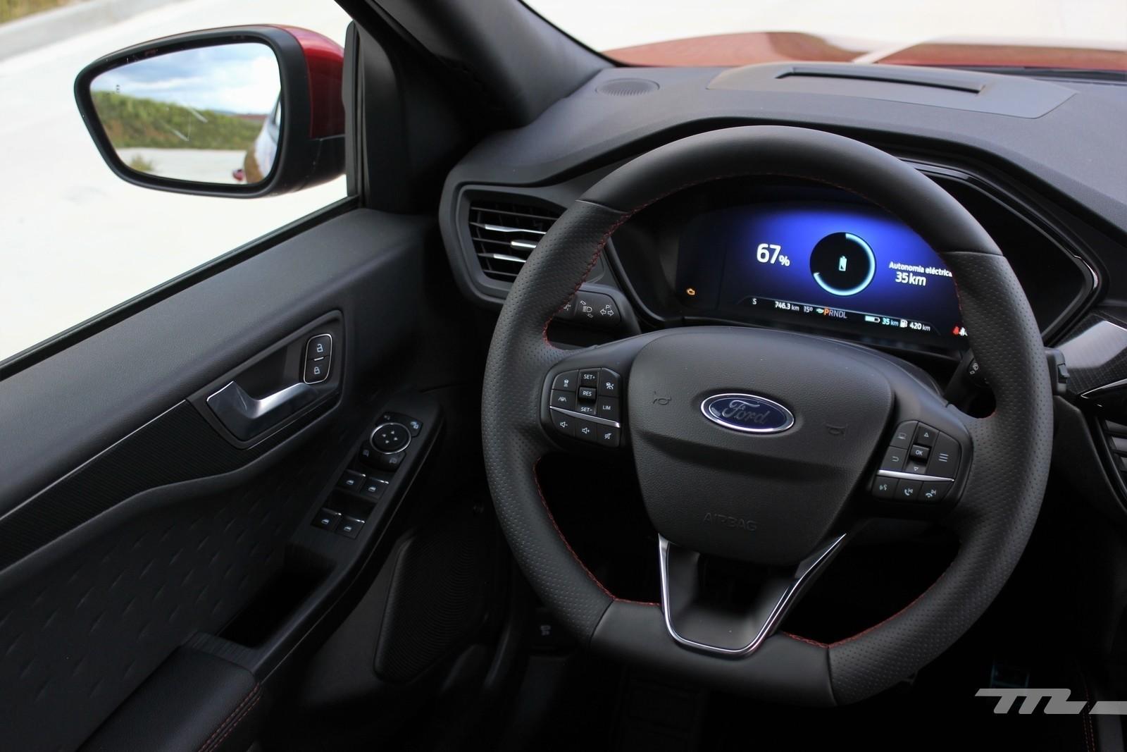 Foto de Ford Kuga 2020 - prueba (47/55)