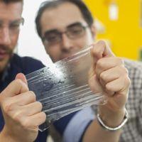 El condón del futuro quiere jubilar al latex (y detrás está la fundación Gates)