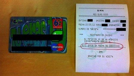 Caja Granada: miles de clientes con sus tarjetas inservibles por una fusión desastrosa en BMN