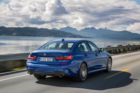 BMW Serie 3 trasera