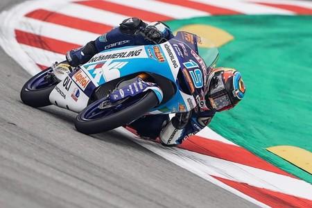 Gabriel Rodrigo lidera unos accidentados entrenamientos libres de Moto3 en Brno