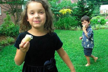 Niños con helados