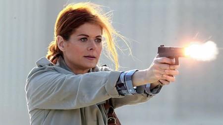 Confirmado: 'Mysteries of Laura' se verá en NBC la próxima temporada