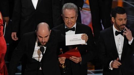 Estos son los cambios que se aplicarán en los Oscar para que no se repita la vergonzosa confusión de los sobres