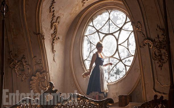 Foto de 'La bella y la bestia', imágenes oficiales con los protagonistas del remake de Disney (4/9)