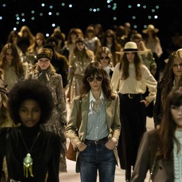 Hedi Slimane presenta una colección de lo más invernal durante el desfile de Celine Primavera-Verano 2020