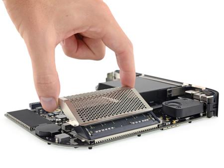 Estaba cantado: iFixit ya ofrece su propio kit para que amplíes la memoria del nuevo Mac mini