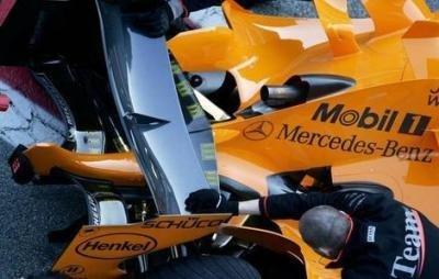 McLaren MP4-21, empiezan los problemas