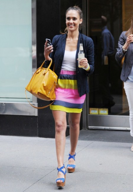 New York state of mind (and colour). Jessica Alba ¡ideal!