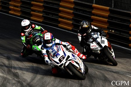 Rutter, Eastmon, Andrews en Macau