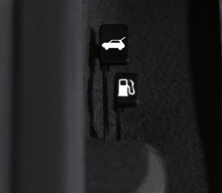 Controles de apertura de tapón de gasolina y cajuela. Chevrolet Matiz