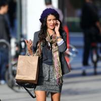 El perfecto look de compras de la Gossip Girl bohemia
