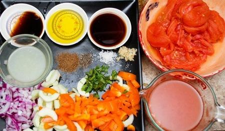 Una receta saludable para los niños en verano es el gazpacho