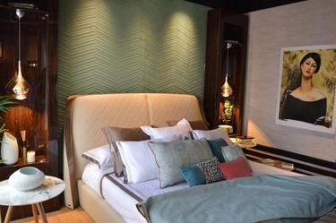 Inmaculada Recio y Silvia Trigueros crean una suite llena de texturas y de detalles en Casa Decor