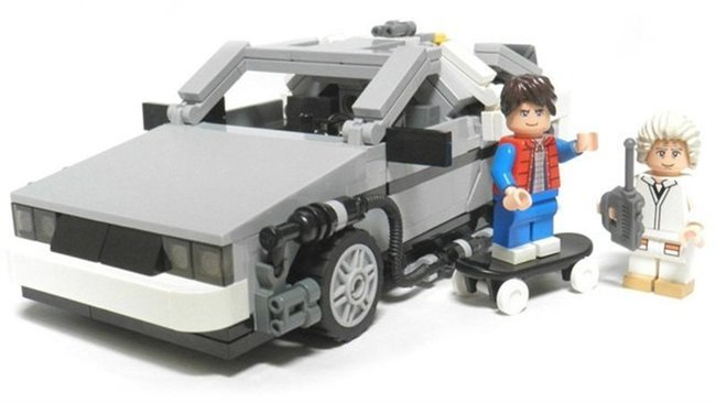 DeLorean DMC-12 de LEGO