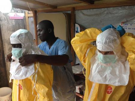 La OMS decreta el estado de emergencia internacional por la epidemia de ébola