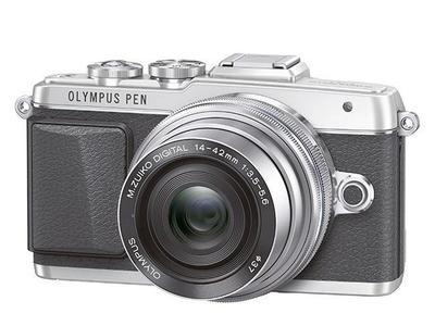 Olympus PEN E-PL7 quiere que nos tomemos selfies perfectos