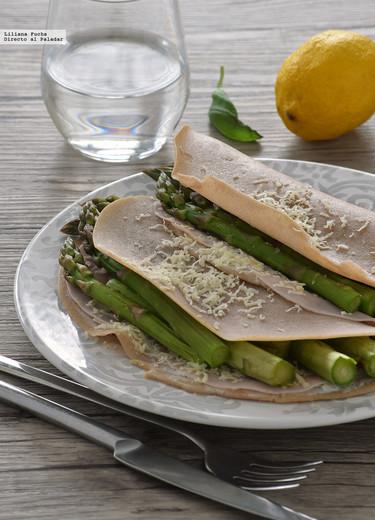 Galettes de trigo sarraceno con espárragos y queso Comté: receta sin gluten y sin huevo para el #DíadelCelíaco
