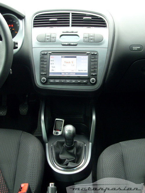 Foto de SEAT Altea XL contra Volkswagen Touran  (27/36)