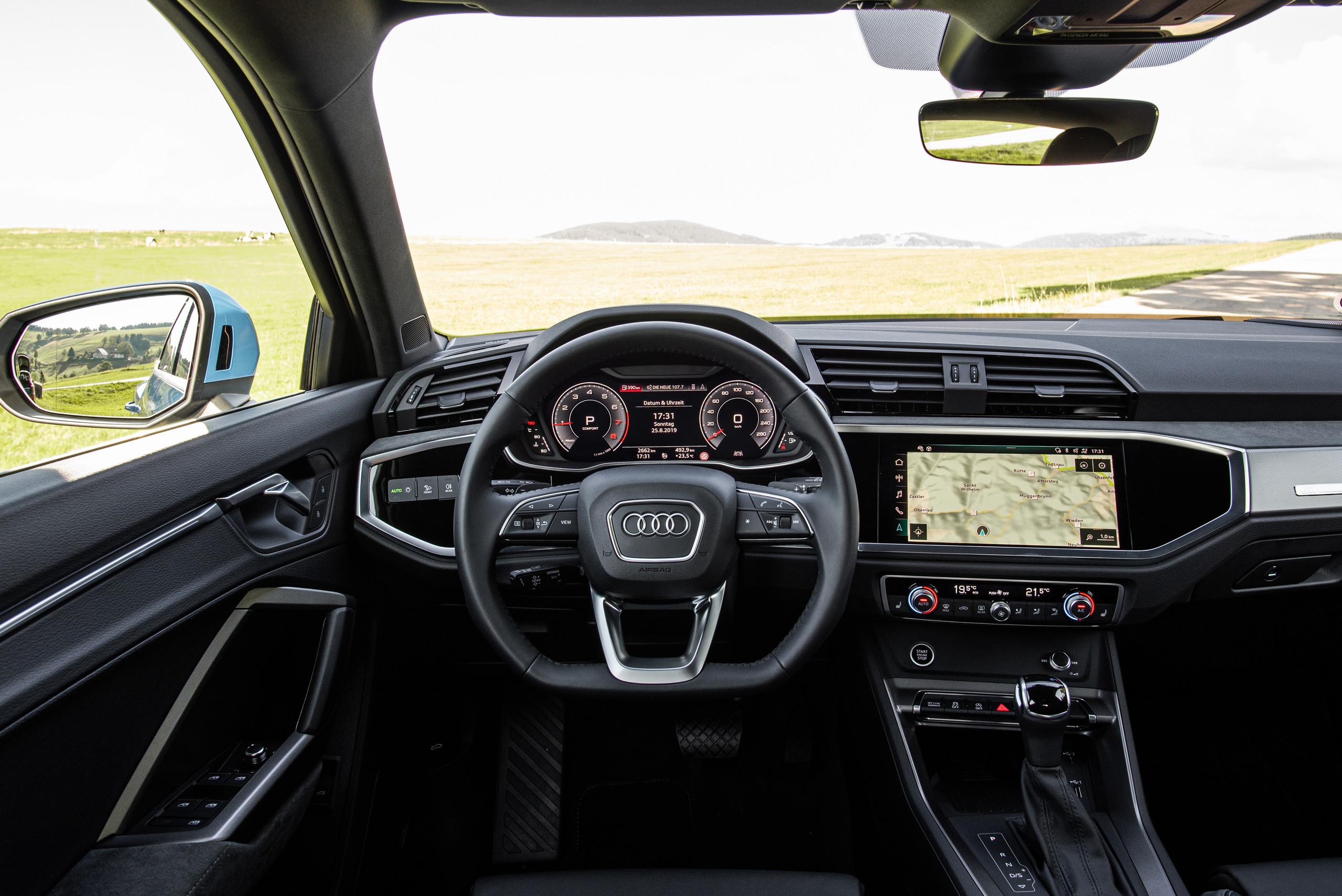 Foto de Audi Q3 Sportback (19/20)
