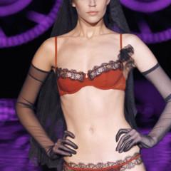 Foto 11 de 15 de la galería andres-sarda-otono-invierno-2012-2013-el-glamour-mas-intimo en Trendencias