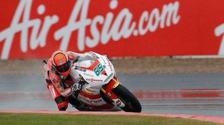 MotoGP Inglaterra 2011: para Stefan Bradl el agua tampoco es un problema y gana en Moto2