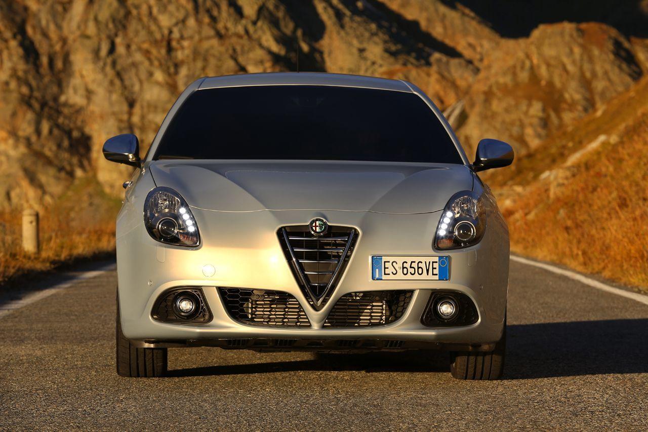 Foto de Alfa Romeo Giulietta 2014 (19/38)