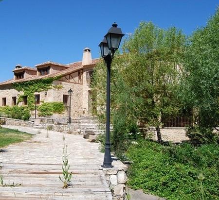 Casa de lujo en España: viviendo en un molino en Segovia