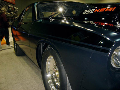 Dodge Challenger Super Stock, ahora en negro