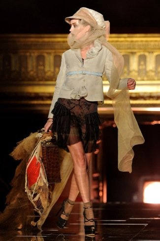 John Galliano Primavera-Verano 2011 ladylike