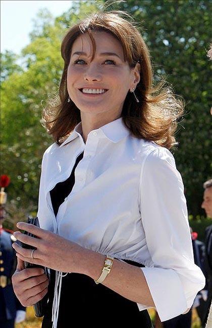 El look de día de Carla Bruni en su visita a España
