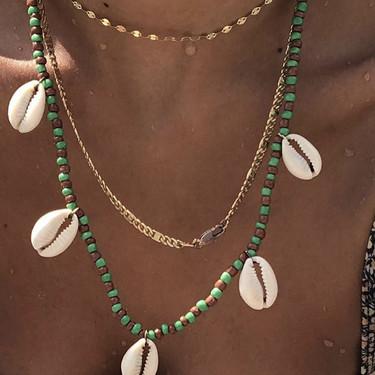Puedes hacerte tú misma los collares y pulseras de bolitas que triunfan en Instagram y tenerlos todos de forma low cost