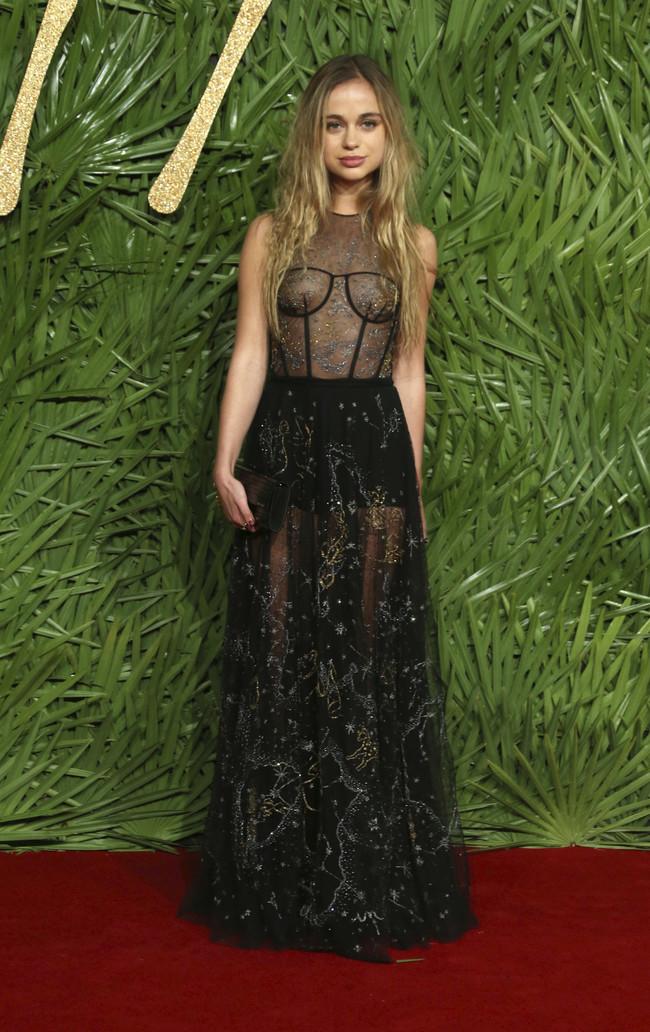 british fashion awards alfombra roja Lady Amelia Windsor