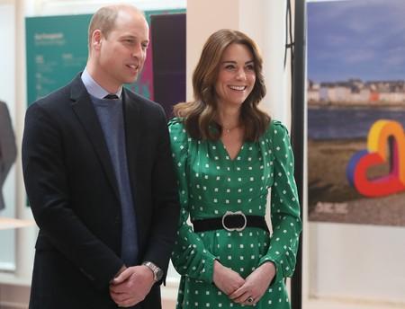 Kate Middleton sigue acertando en su viaje a Irlanda con un vestido verde ideal para cualquier ocasión