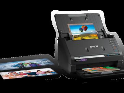 Si tienes montones de fotos impresas, el nuevo escáner Epson FF-680W las digitaliza y  sube a la nube por ti