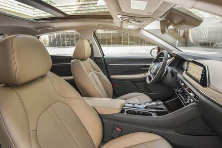 Hyundai Sonata 2020 32